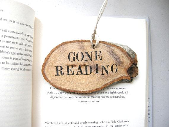 gone-reading-christmas-ornament-book-lover.jpg