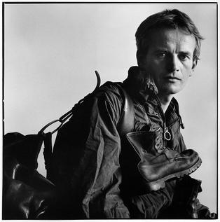 Bruce_Chatwin,_July_1982.jpg